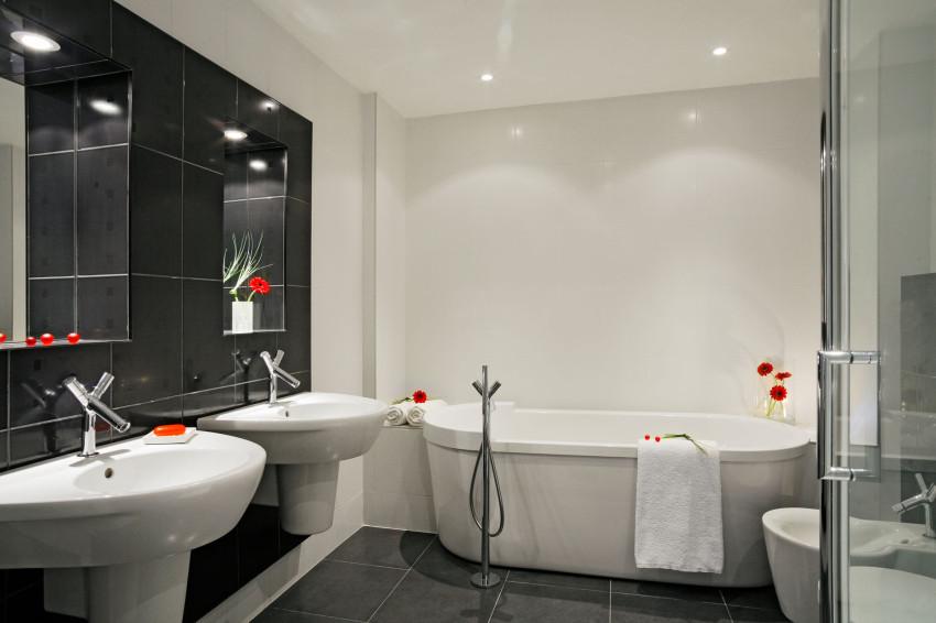 black & white interiér koupelny