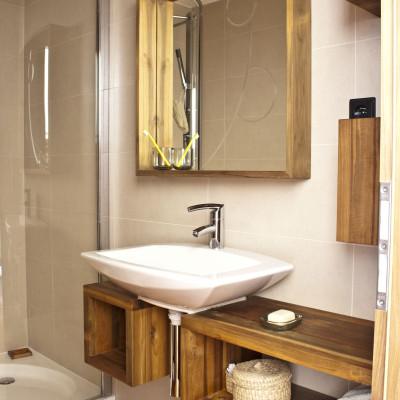 Dřevěné desky do koupelny